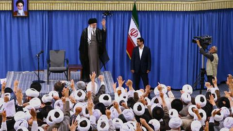 دیدار ائمه جماعات مساجد استان تهران با رهبر انقلاب