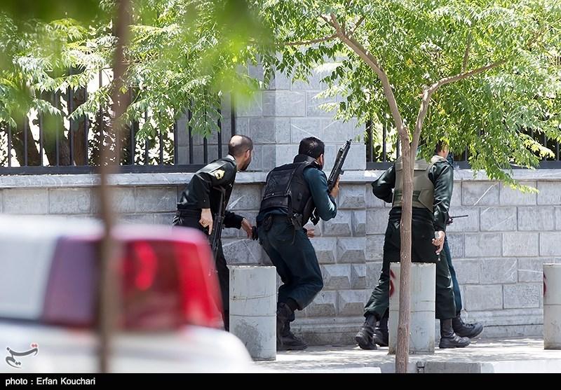 پیام آیت الله رشاد در پي حادثه تروریستی تهران- اقدامی برای کتمان ناکامی ها و ناتواني های پیاپی داعش ددمنش