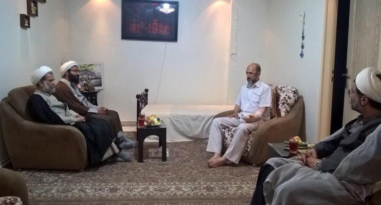 عیادت مدیر حوزه علمیه تهران از روحانی مضروب