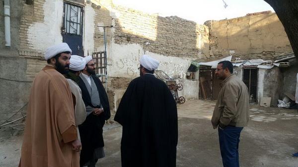 با حضور در منطقه ۱۲ تهران؛  مدیر حوزه علمیه تهران از محله محروم هرندی بازدید کرد+ عکس
