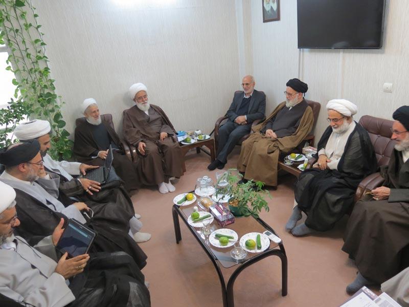 جلسه مشترک  شورای حوزه علمیه استان با استاندار محترم تهران