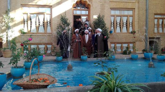 بازدید رئیس شورا و مدیر حوزه علمیه استان تهران از خانه آیت الله شهید مدرس