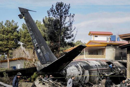 تسلیت حادثه تأسفبار سقوط هواپیمای بوئینگ 707 ارتش جمهوری اسلامی ایران