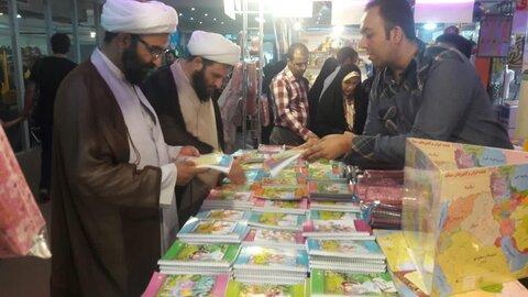 بازدید مدیر حوزه علمیه تهران از نمایشگاه «ایران نوشت» + عکس