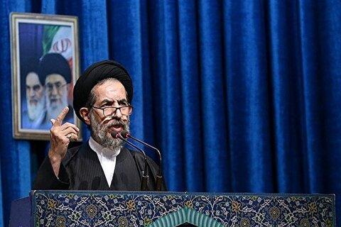 ابوترابی فرد در نماز جمعه تهران: مردم عراق با قیام علیه آمریکا «یوم الله» را خلق کردند_ مشروعیت حاکمان حامی آمریکا در منطقه فرو ریخته است